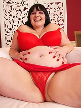 AndiXXX is back with another hot flick. This fire hot plumper is gracing us with the presence of her amazing big ass! Take a look at that big white ba
