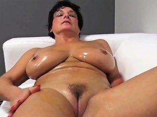 Lovely Ma Oils Up And Fucks Jane From Dates25com Drtuber
