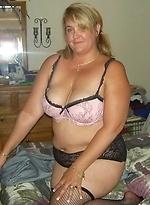 free bbw pics Fat brunette babe fucks a...
