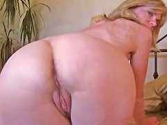 Love Story Mature Ann Is Good With Shaved And Unshaved Puss Txxx Com