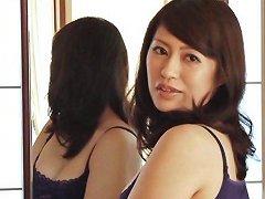 Hot MILF Kaori Otonashi Enjoys Foreplay And Passionate Sex