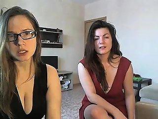 Sexy Lesbian Bbw Showing Pussy On Webcam Nuvid