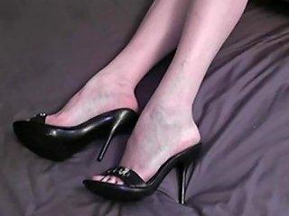 Ehefrauen Shoejob Footjob 1 Free Amateur Porn F5 Xhamster