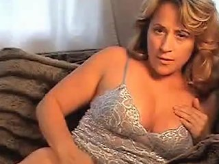 Sexy MILF Fuck Her Tight Pink Pussy Use Toy Any Porn