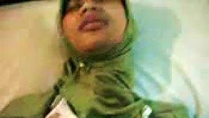 Malaysia Hijab Wife Fingered