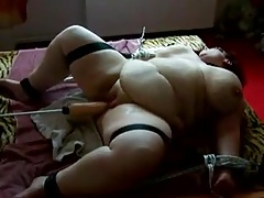 Ssbbw Fucking Machine Does The Work (she Just Lies There)