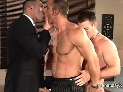 Free gay movies of Big and sexy gay muscle men have wild threesome fucking
