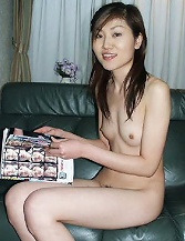 Very thin asian amateur girlfriend is posing nude at home