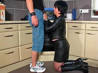 Hot Cougar In Leather And Boots Gets It In Kitchen Porn 02