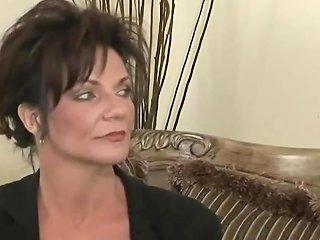 Deauxma Very Sexy MILF Seduces Beautiful Dana Dearmond