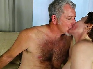 Super Sexy Old Spunker Sucks Fucks For A Mouthful Of