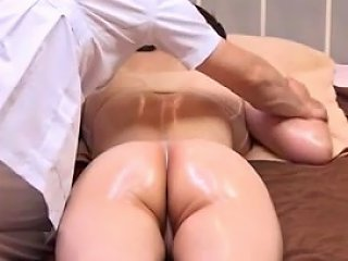 Husband Watches Japanese Wife Get A Naughty Massage 2