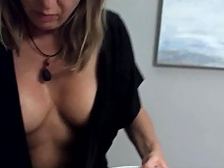 Downblouse Oops Free Milf Hd Porn Video D4 Xhamster