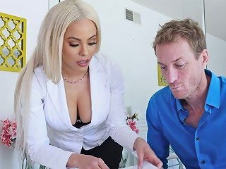 Lubed Anus Of Tanned Perfect Sexpot Luna Star Deserves Hard Anal Banging