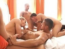 Gay muscle studs in groupsex action