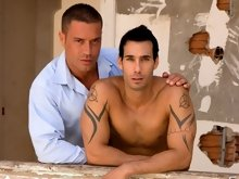 Gorgeous muscled gay hunks together