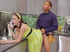 Hot Big Boobs Milf Wife Cheating With Bbc Handymen