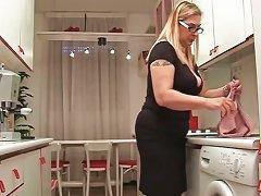 Hot And Sexy Blonde Bimbo Blows Jizzster Part3