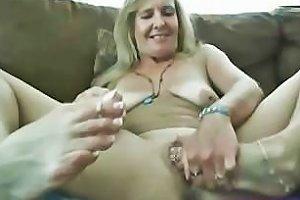 Sexy Hot Mature Vanylla Gives A Foot Job