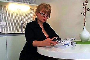 A Woman Loves Girls Free Lesbian Hd Porn Video Mobile
