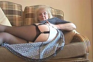 Granny Sue Showing Her All Free Mature Porn 94 Xhamster