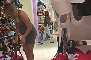 19yr Old Pregnant Nicole Shopping For Shoes Free Porn 4e