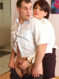 Christina&Monty pantyhosefucking lascivious mature chick