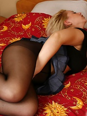 Chubby babe getting rid of tight black pantyhose