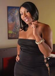Ebony Lady Godiva posing her hot juicy booty